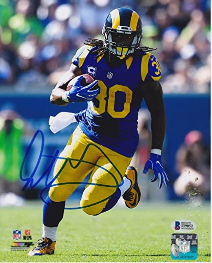 f72578e6 Todd Gurley Autographed Signed 8x10 St Louis Rams Photo - Throwback ...