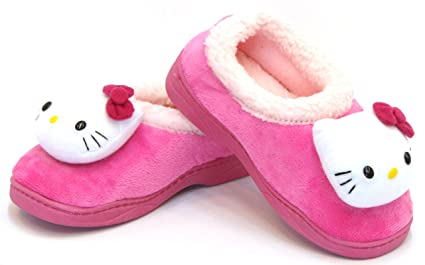 54c55def2 Image Unavailable. Image not available for. Color: Hello Kitty Kids FUR  Casual Shoes for Girls Clogs Slippers Winter Warm Pink US Size 12