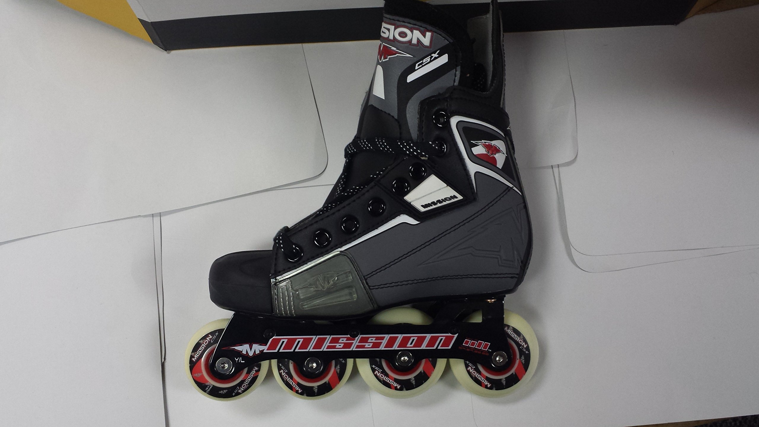 Mission Hockey CSX Youth Roller Skate Size Youth 11E