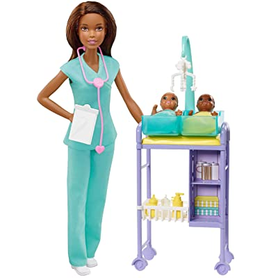 ​Barbie Baby Doctor Playset with Brunette Doll, 2 Infant Dolls, Exam Table and Accessories, Stethoscope, Chart and Mobile for Ages 3 and Up: Toys & Games