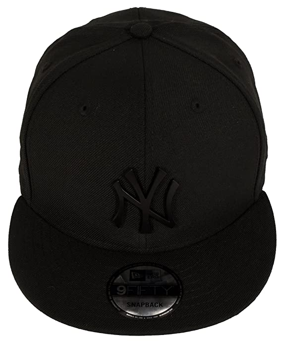 a568a208ecb Amazon.com   New Era 9Fifty New York Yankees Metal Logo Snapback ...