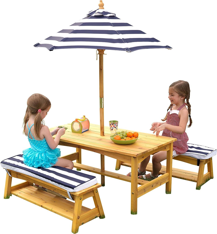 KidKraft- Conjunto de bancos y mesa de madera para exteriores con almohadones y sombrilla, muebles de jardín para niños y niños, Color azul marino y blanco (106)