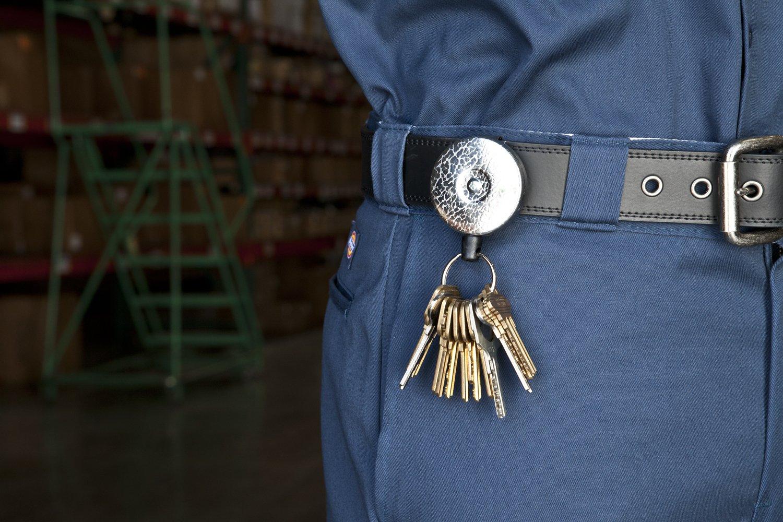 KEY-BAK ORIGINAL 8oz. Retractable Reel, 48 in. (122 cm) Kevlar Cord, Black Front, Steel Belt Clip, Split Ring 0485-823