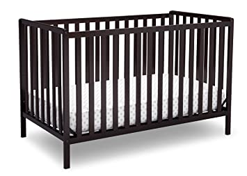 Amazoncom Delta Children Heartland 4 In 1 Convertible Crib Dark