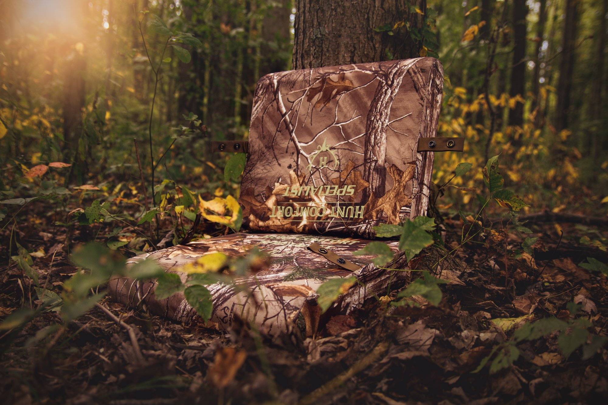 Hunt Comfort Specialist Super Light GelCore Folding Seat, Realtree Xtra by Hunt Comfort (Image #2)