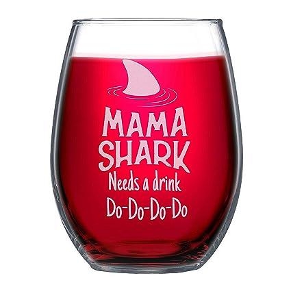 c9099e0feaa Amazon.com | NeeNoNex Mama Shark Needs a Drink Stemless Wine Glass: Wine  Glasses