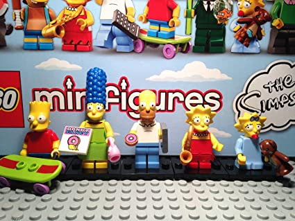 Amazon Com Lego Minifigures The Simpsons Family Of 5 Homer Marge