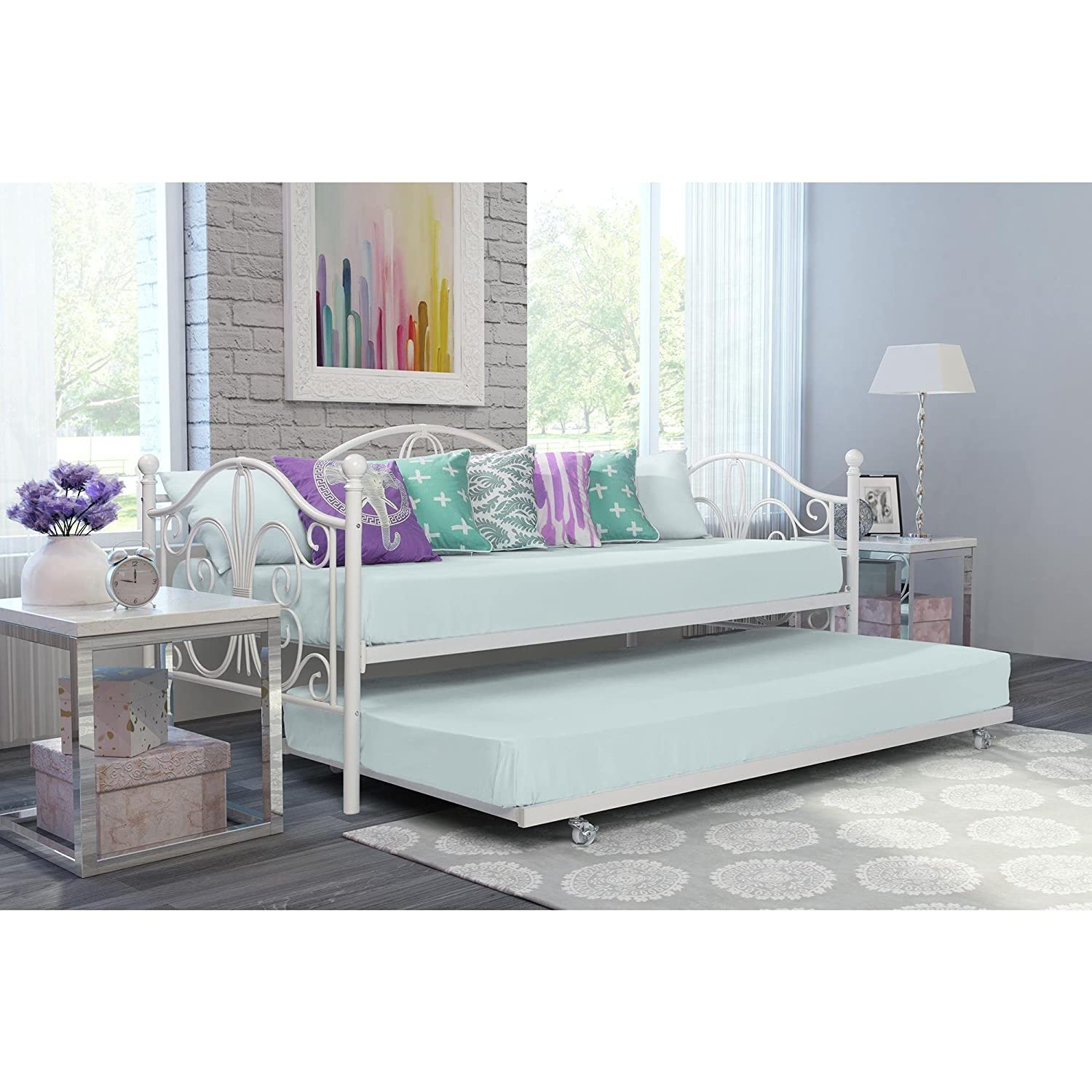 Amazon.com: Avenue Greene Bombay Metal Twin Daybed and Trundle - White:  Kitchen & Dining - Amazon.com: Avenue Greene Bombay Metal Twin Daybed And Trundle