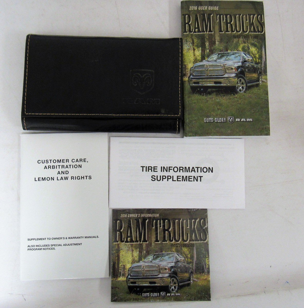 2017 Dodge Ram 1500 2500 3500 Owners Manual User Guide Set: Dodge:  7426817596704: Amazon.com: Books