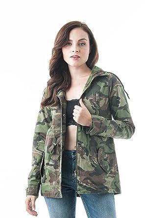 5a03d6b11 Amazon.com  Khanomak Hooded Long Sleeve Camo Print Utility Anorak  Drawstring Waist Zipper Long Jacket  Clothing