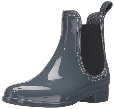 report rain boots