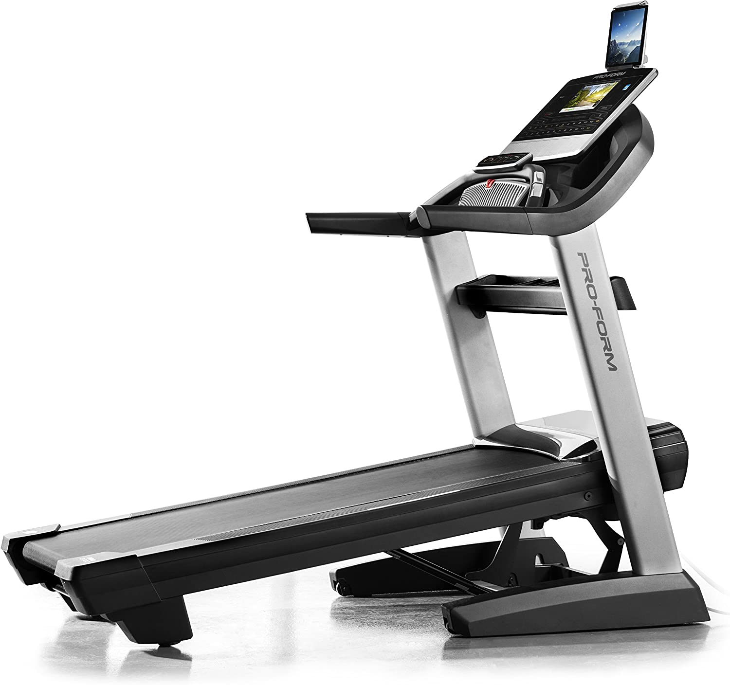 Best incline treadmill: ProForm PRO-9000 Treadmill
