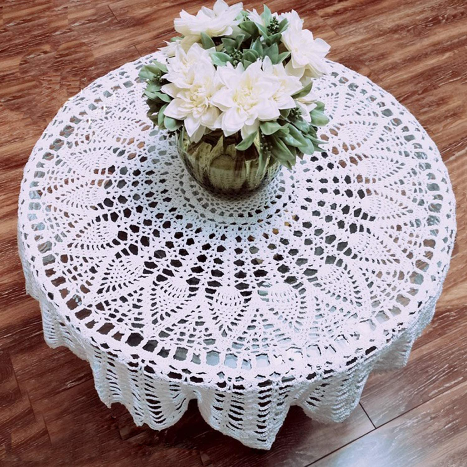 Jialisen Tablecloth White Lace Crochet Handmade Cotton Table Cloth Round 31.5 Inches Doilies for Wedding Party Dining Room Sofa Home Décor