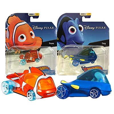 Hot Wheels Disney/Pixar Character Cars Finding Nemo & Dory 2 Pack Bundle: Toys & Games [5Bkhe1607592]