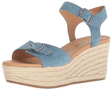 98ae521cfd4 Amazon.com  Lucky Brand Women s Naveah Espadrille Wedge Sandal  Shoes