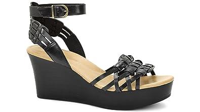 2a56cdb23cd UGG Women s Farrah Black Leather Sandal 12 B ...
