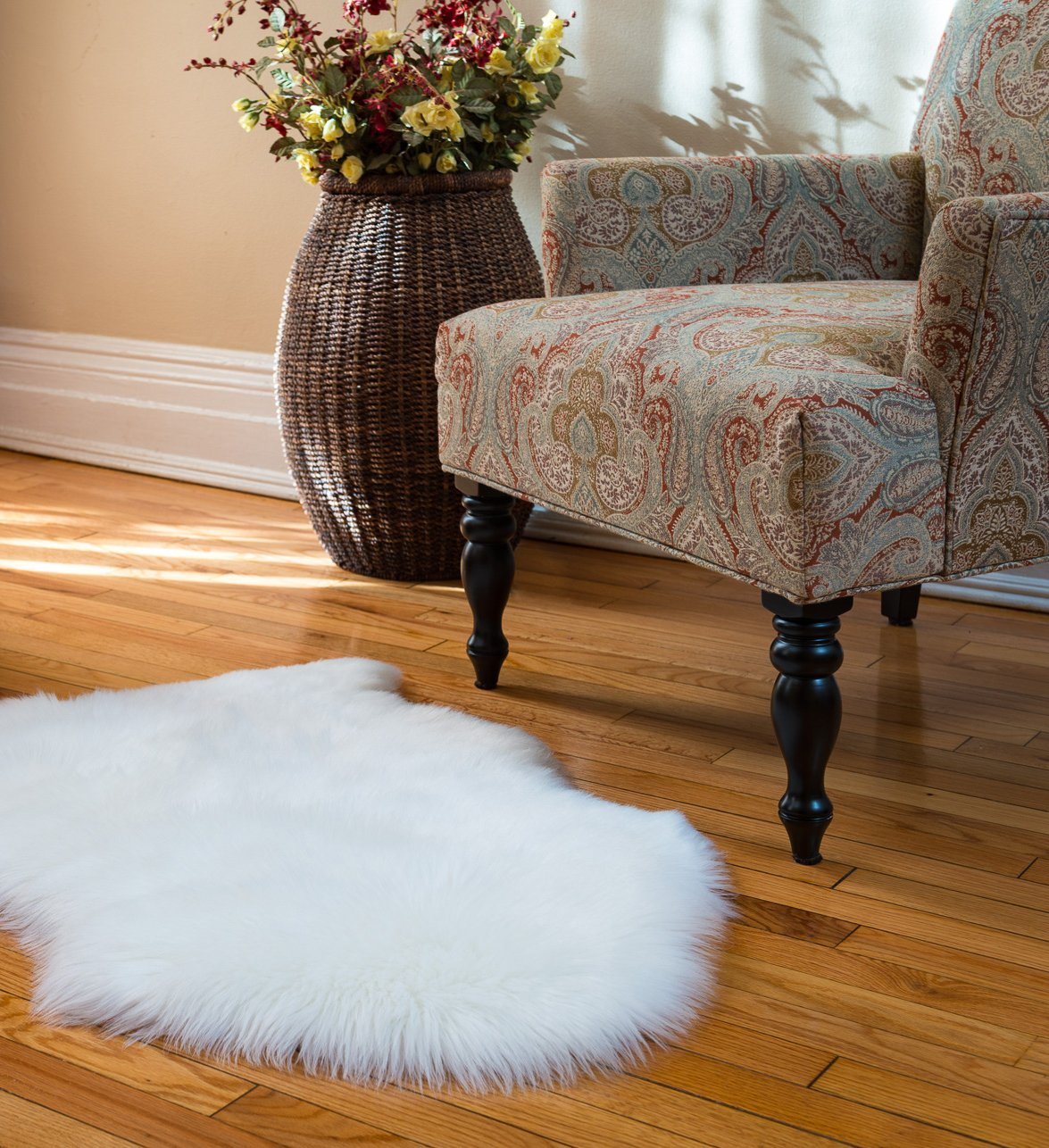 Faux Fur Sheepskin Rug, Ivory, 2ft X 3ft With Thick Pile
