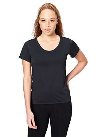 5d903ebef7fdc Amazon.com  Core 10 Women s  Lighter Than Air  Performance T-Shirt ...