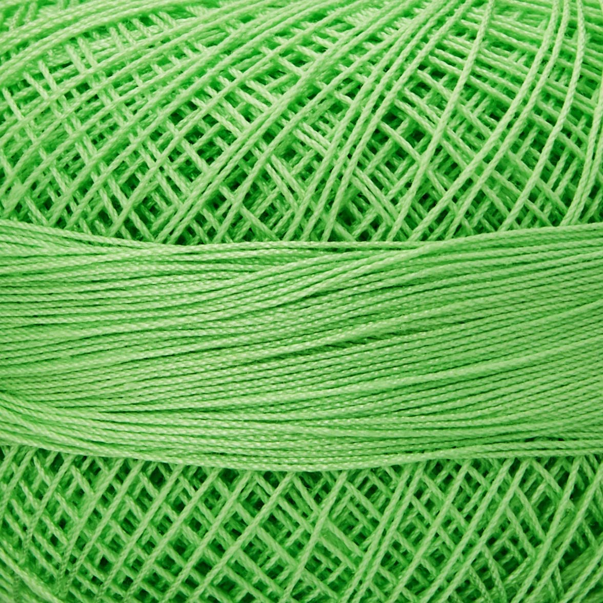 Lizbeth Size 80 HH80 Lizbeth Cotton Thread 184 yds 10 Grams Christmas Delight