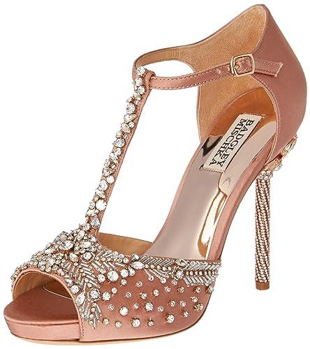 1efb906ea6f5 Amazon.com  Badgley Mischka Women s Stacey Heeled Sandal  Shoes