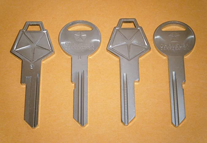 2 NEW DODGE FACTORY ORIGINAL IGNITION//DOORS TRUNK KEY BLANKS SET W// LOGO