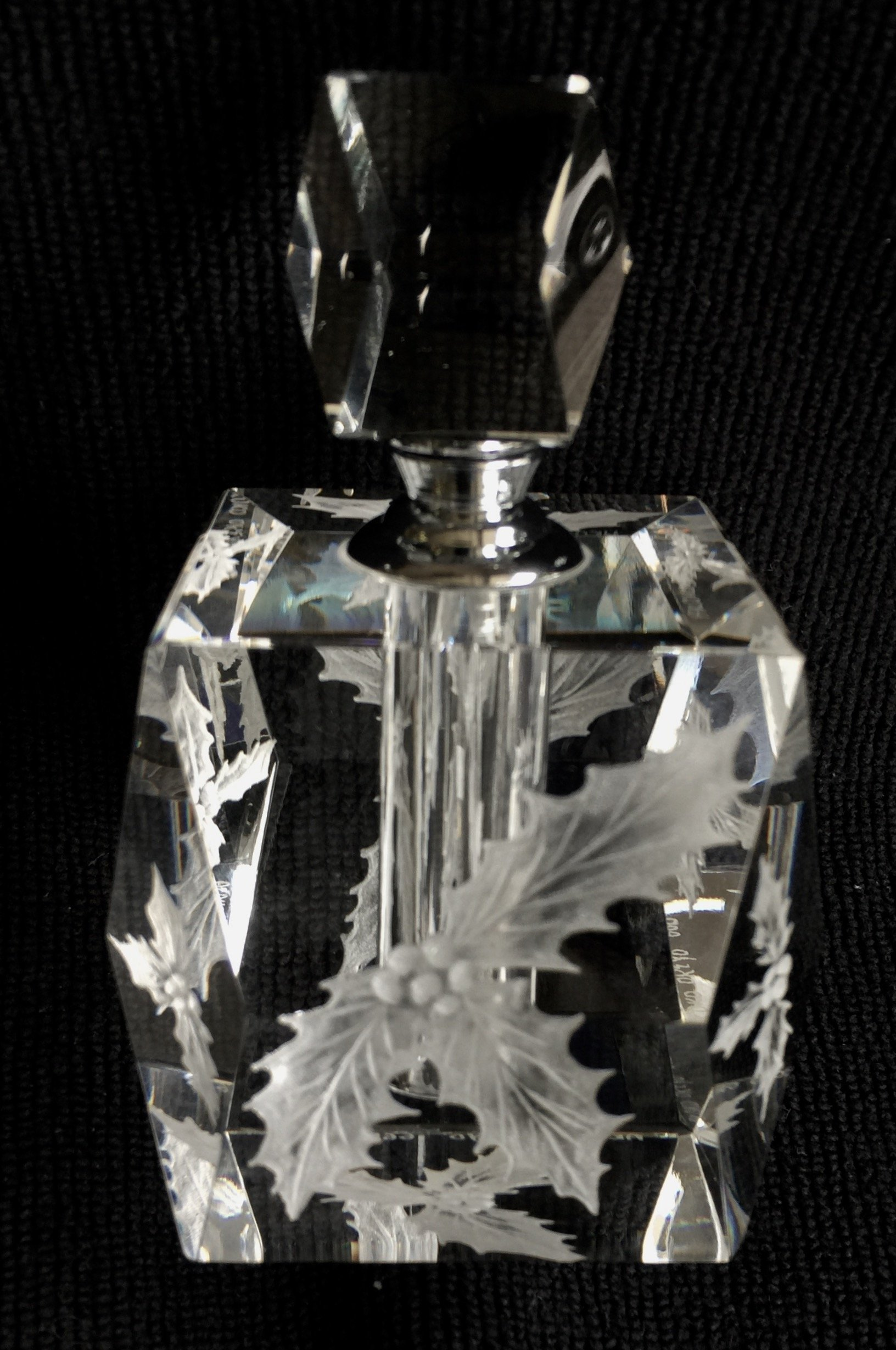 Hand Engraved Perfume Bottle with Holly, Bathroom Decor, Vanity, Perfume Collector, Holiday gifts, Engraved Perfume Bottle