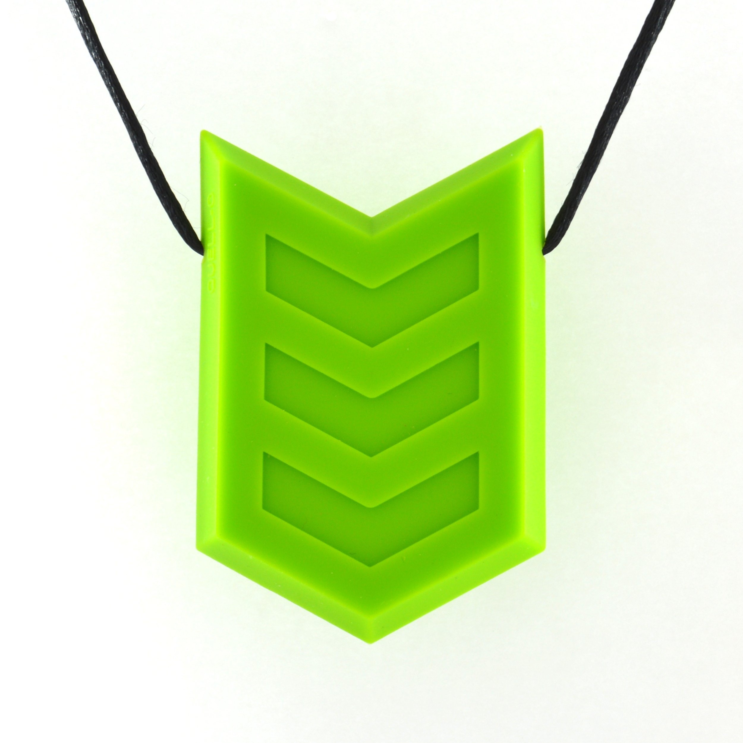 Quell-O Hero Crest Sensory Chewable Necklace - Tough Chewelry for Mild Chewers (Green))
