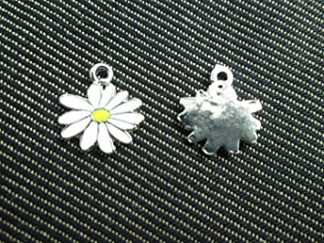 WOCRAFT 60pcs Assorted Gold Plated Enamel Small Daisy Flower Charm Pendant fo#25