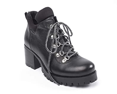 4e0778fb32be0 Jane and the Shoe Women's Meesh Chunky Heel Lace Up Bootie