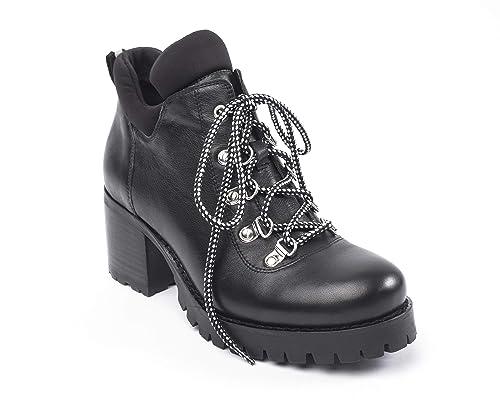 4c066747cd6c5 Jane and the Shoe Womens Meesh