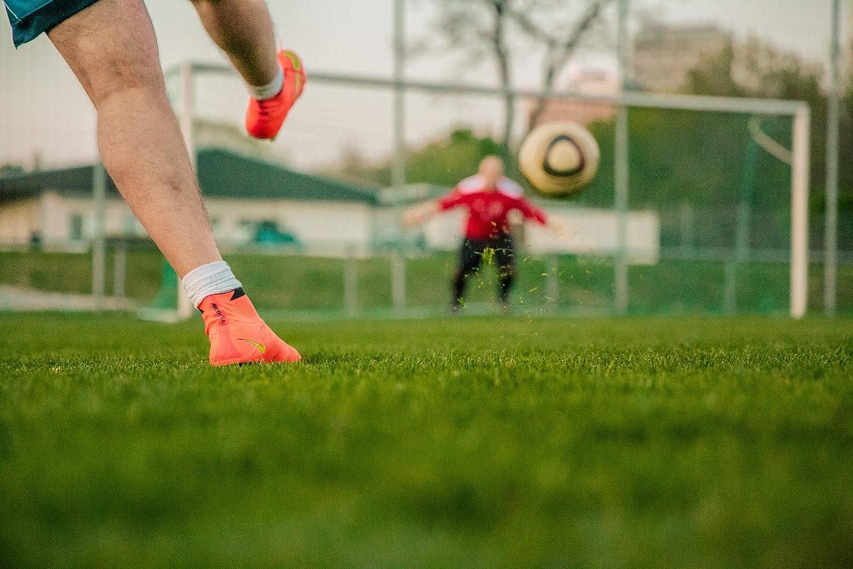 Polarkind - Chapas de fútbol, 2 Unidades, 59 mm: Amazon.es ...