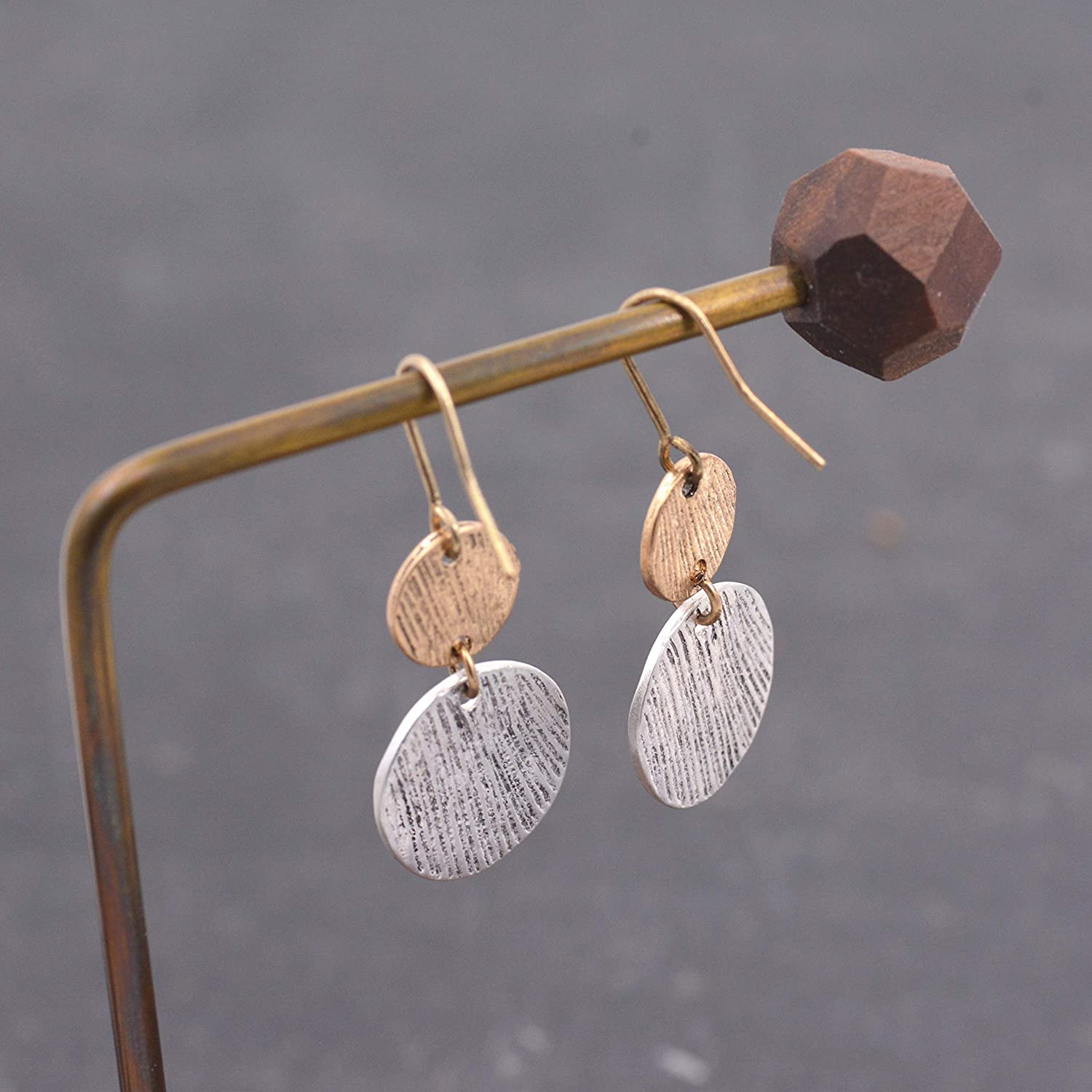 Simple Geometry Dangle Earrings Hammered Effect Gold and Silver Minimalist Circle Disks Drop Earrings with Mixed Metal Textured Finish