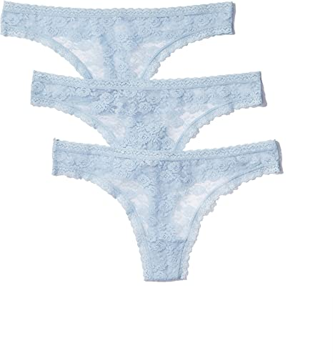 Iris /& Lilly Womens Lace Thong Brand Pack of 3