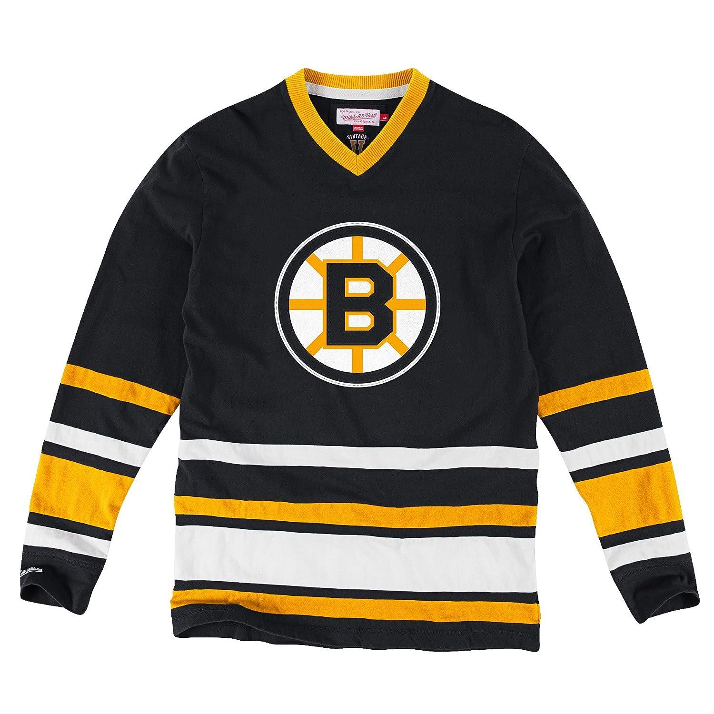best sneakers 1d5be 7200d Amazon.com: Mitchell & Ness Men's Boston Bruins Hockey ...