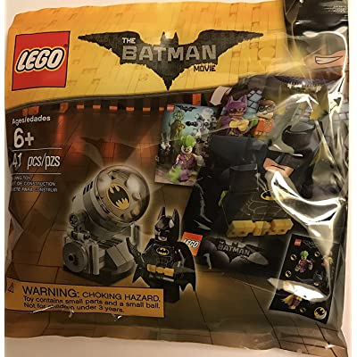 LEGO - The LEGO Batman Movie - Bat Signal Accessory Pack with Minifigure, Sticker Sheet, and Movie Poster 5004930 (2020) 41 pcs.: Toys & Games