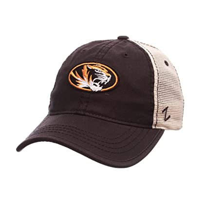 f81d3eb0a62 Amazon.com   ZHATS NCAA Missouri Tigers Men s Summertime Hat