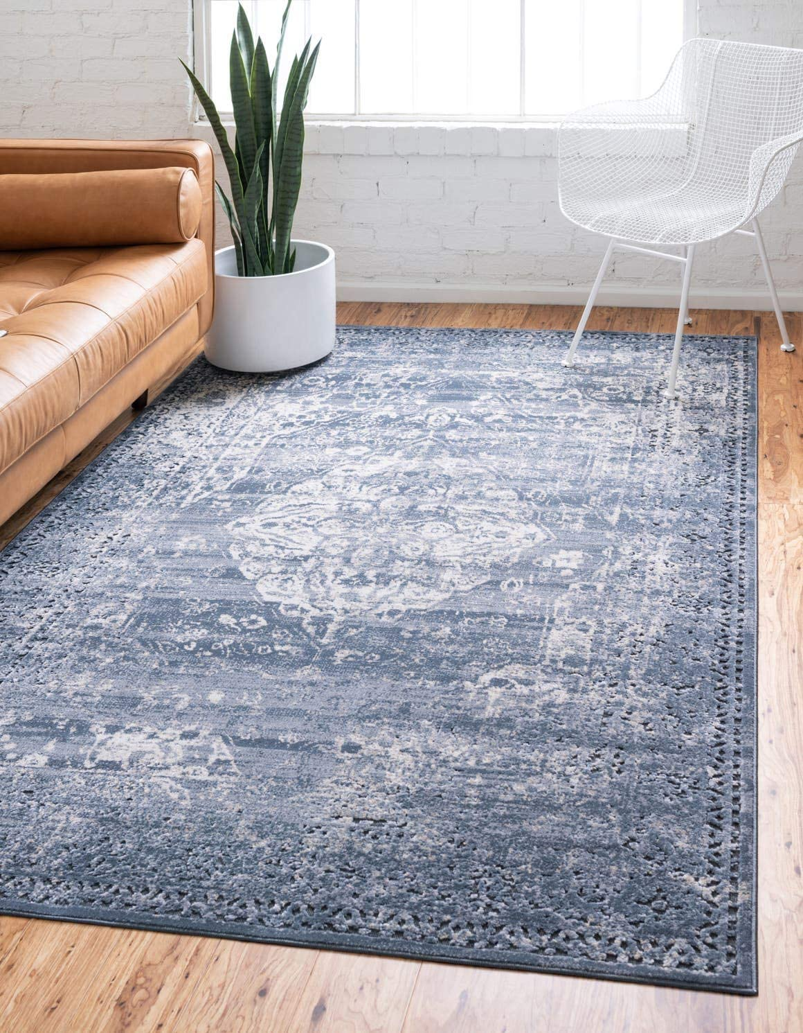 Unique Loom Chateau Collection Distressed Vintage Traditional Textured Navy Blue Beige Area Rug 2 2 x 3 0