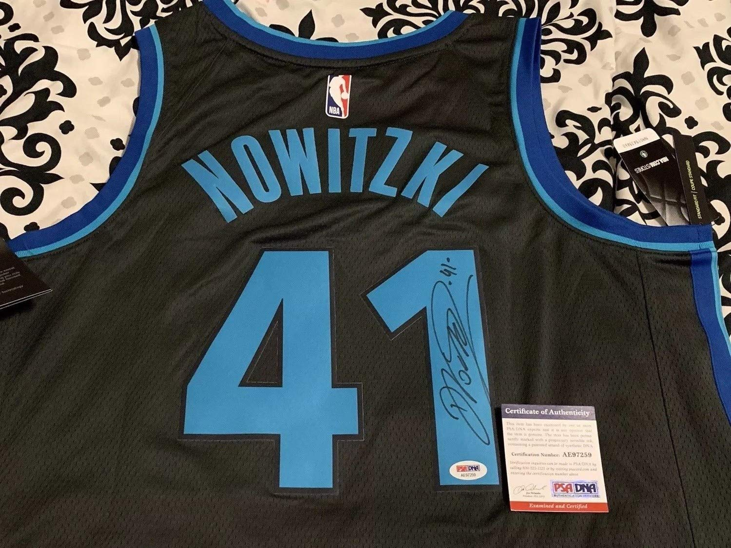 9874f77bcb0 Dirk Nowitzki Autographed Signed City Edition Dallas Mavericks Nba Swingman  Jersey Memorabilia PSA DNA at Amazon s Sports Collectibles Store