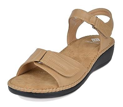 807c0f425 DREAM PAIRS Women s Truesoft 05 Beige Low Platform Wedges Slingback Flat  Sandals Size 5 B(M