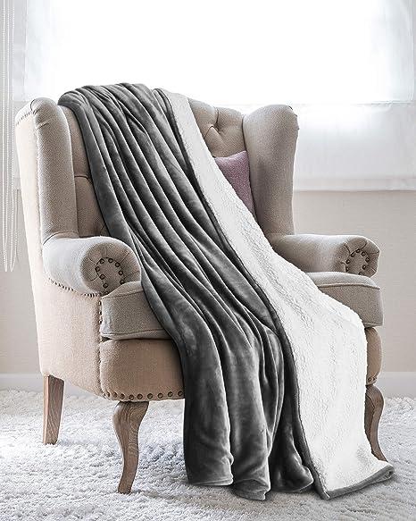 Utopia Bedding Mantas Reversibles de Franela Sherpa (150 x 200 cm) - Gris - Tela de Cepillo Extra Suave, Súper cálida, Mantas para sofás acogedora y ...