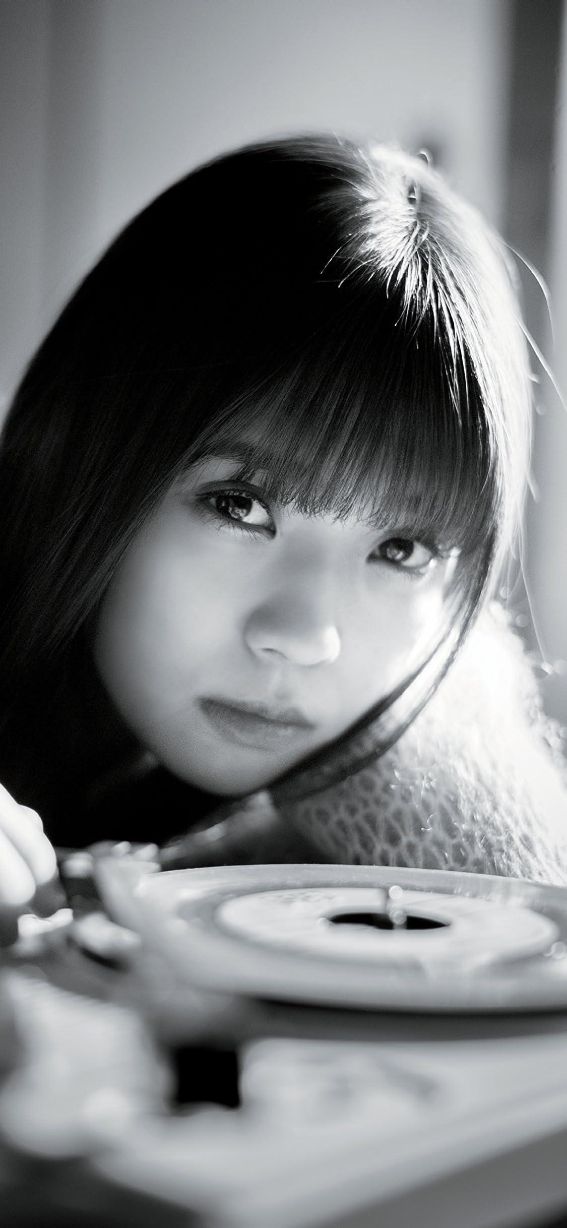 欅坂46 小林由依 iPhone X 壁紙(1125x2436)画像