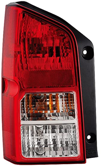 Nissan Pathfinder Replacement Tail Light Assembly   Passenger Side