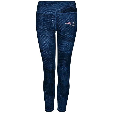 6eb819a9 Amazon.com : New England Patriots Women's Majestic NFL
