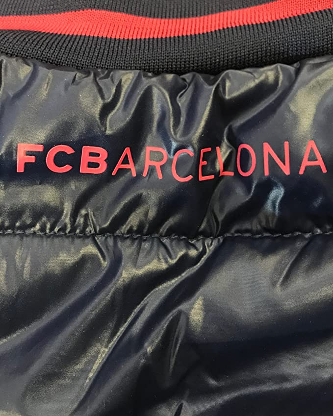 8250e2acecb46 Chaqueta Oficial de F.C. Barcelona Bomber 100% Poliester (Xlarge)   Amazon.es  Deportes y aire libre