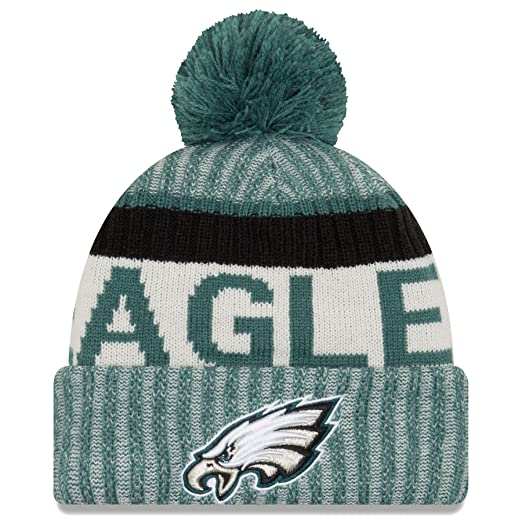 15a5b0a2a00e84 Amazon.com: New Era Philadelphia Eagles 2017 On-Field Sport Knit Beanie Hat/Cap  Green: Clothing