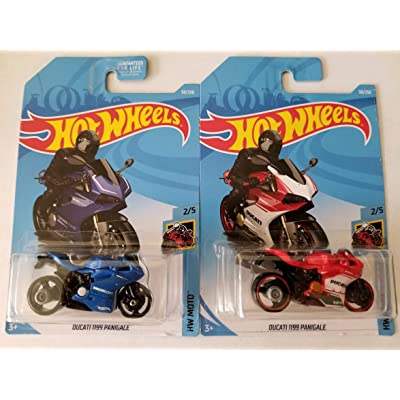 Hot Wheels 2020 Hw Moto 2/5 - Ducati 1199 Panigale (Blue & Red Int. Card) - Set of 2: Toys & Games