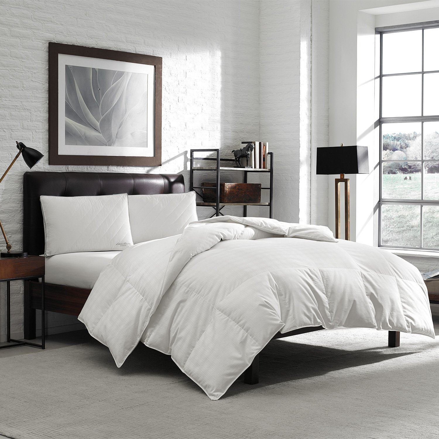 Eddie Bauer Luxury Hypoallergenic 650 Fill Power Lofty Down Comforter - 300 TC Damask Striped Cotton - Medium Warmth
