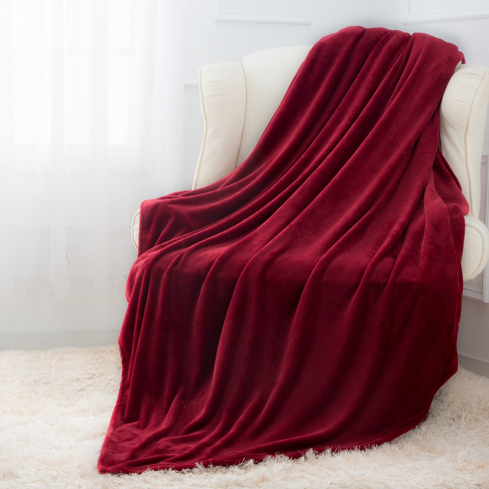 Moonen Flannel Throw Blanket Luxurious Throw Size Lightweight Plush Microfiber Fleece Comfy All Season Super Soft Cozy Blanket Bed Couch Gift Blankets (Burgundy, 50x60 inches)