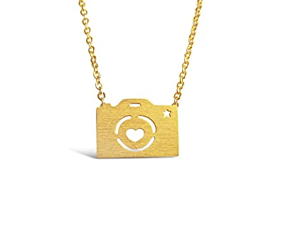 Amazon rosa vila camera necklace best friend necklace for amazon rosa vila camera necklace best friend necklace for photography and selfie lovers carpe diem necklace sentimental expectant mom and high mozeypictures Image collections