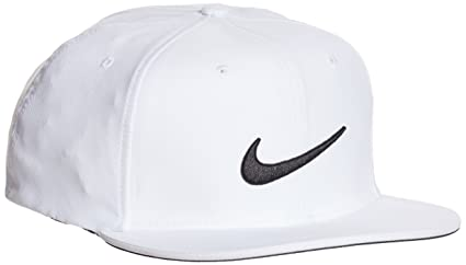 a8024977e8f Nike Golf True Statement Cap  Amazon.co.uk  Sports   Outdoors